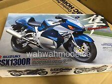 Tamiya 14090 1/12 Scale Model Sport Bike Kit Suzuki GSX1300R Hayabusa