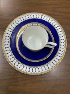 Wedgwood Renaissance Gold 5-Piece Place Setting Dinnerware Set - 5C102100222