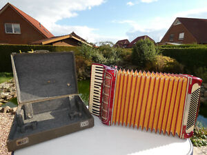 PAOLO SOPRANI ITALY Akkordeon 120 BÄSSE Bassi ( Accordion,fisarmonica,Acordeon)