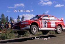 Toni Gardemeister Mitsubishi Carisma GT 1000 Lakes Rally 2001 fotografia 4