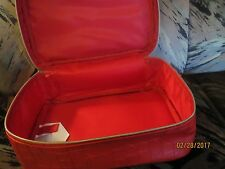 NEW WITHOUT TAGS Elizabeth Arden Red Zippered Cosmetics TRAIN Case   11 *7 *5