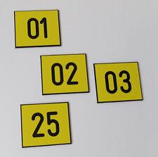 30 Stück PVC / Kunststoff Schilder Zahlenmarken Ziffernschilder  30mm x 30mm