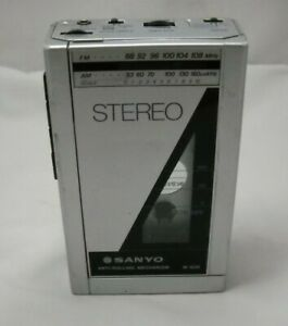 SANYO M-G35 Vtg FM/AM Stereo & Cassette Player made in Japan Needs Repair