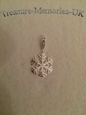 London 925 ' Snow Flake ' Clip Charm for links of your bracelet FREE P&P