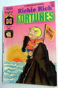 RICHIE RICH Fortunes Comic BOOK Jan 1975  #20 VG- 3.5 Poor Little RICH BOY