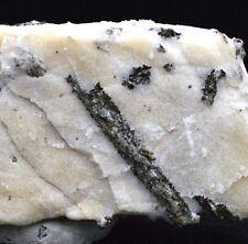 Scapolite wernerite mica pyrite 405 grammes - Cerzat, France