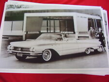 1960 BUICK LESABRE CONVERTIBLE  BIG 11 X 17  PHOTO /  PICTURE