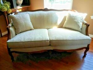 FRENCH COUNTRY LOVESEAT WALTER E. SMITHE GORGEOUS