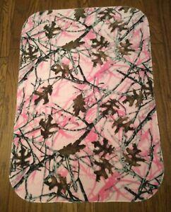 "TRUE TIMBER Pastel Pink CAMO Camouflage  Kids or Baby  Fleece Blanket 41"" X 27"""