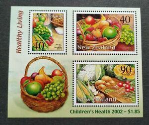 2002 New Zealand Children's Health Fruits Vegetables Miniature Sheet MS Mint NH