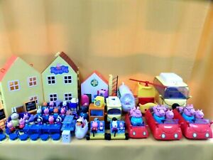 HUGE PEPPA PIG TOY COLLECTION FIGURE/BUILDINGS/VEHICLES/PARK (19)