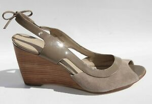 LADIES M & S AUTOGRAPH WEDGE SANDALS SHOES SIZE 7 40 PATENT SUEDE LIGHTLY WORN