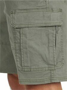 Wrangler Authentics Men's Classic Relaxed Fit Stretch, Dusty Olive, Size 38 2v6i