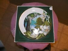 Royal Windsor Flowers of the South collector plate (Southern Magnolia) 1 availab
