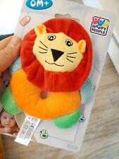 NEU OVP Rassel Greifling Kuscheltier Baby Löwe Spielzeug Mädchen Junge happy CE