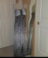 Max and Cleo Long Black White One Shoulder Dress Size 10