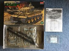 Academy 1/35 Tiger I Mid Production with Interior plastic model kit # 1387