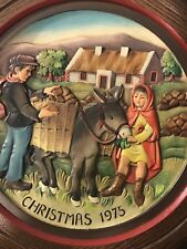 VINTAGE ANRI HAND CARVED CHRISTMAS PLATE CHRISTMAS IN IRELAND, 1975