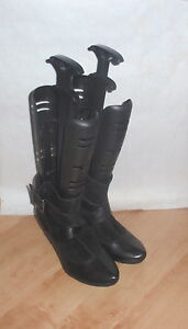 NEW Clarks softwear womens black leather and suede ankle boots size 8 D