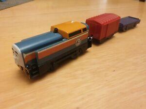 TOMY/MATTEL Thomas Trackmaster DEN Motorised Train Thomas Friends