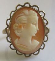 Vintage 9ct yellow gold lady in an oval shell cameo ring size N
