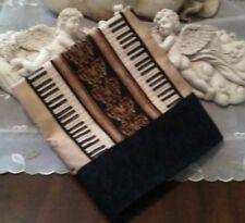 SKR-MUSIC THEMED PILLOWCASES-PIANO KEYS, VIOLINS, HARPS & HORNS PILLOWCASE- NEW
