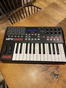Akai MPK225 25 Key MIDI Keyboard Controller (Barely Used - Read Description)