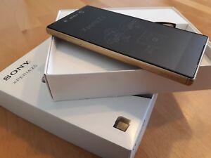 Sony Xperia Z5 32GB > Gold / simlock- und vertragsfrei / komplett foliert