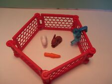 Playmobil animal 5 PANEL RED FENCE = PEN FOR 2 RABBITS + WATER DISPENSER +CARROT