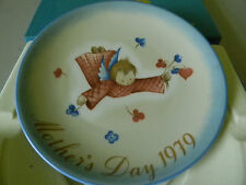 """""""Cherub's Gift"""" Schmid Collector Plate-1979- Eighth Limited Edition"""