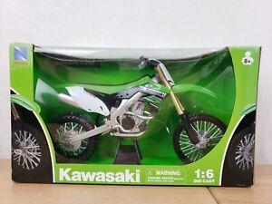 HUGE! New Ray 1:6 Kawasaki KX450F Green Motorcycle Model 49403