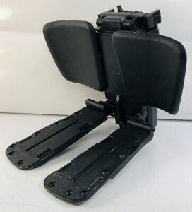 QUANTUM Q6 Edge TB3 POWER ARTICULATING CENTER MOUNT FOOTREST Leg Rest Tested