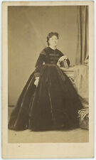 CDV circa 1865. Nathalie Marie Hyacinthe Martine, actrice par Ulric Grob.