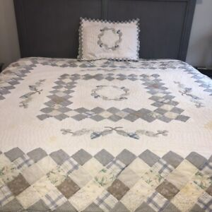 """Novelty Patchwork Quilt Full Sz 81"""" Sq + Pillow Sham Blue on White Cotton As Is"""