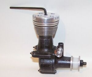 """Excellent 1948 Drone """"Ball Bearing"""" .299 Diesel C/L-F/F Model Airplane Engine"""