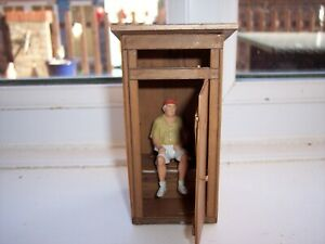 POLA/LGB G SCALE MODEL RAILWAY TOILET HOUSE BUILDING with FIGURE