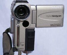 SONY DCR-PC2E Mini DV Handycam mit Sony Weitwinkelvorsatz