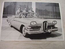 1958 FORD EDSEL  CONVERTIBLE WITH FORD FAMILY 11 X 17  PHOTO  PICTURE