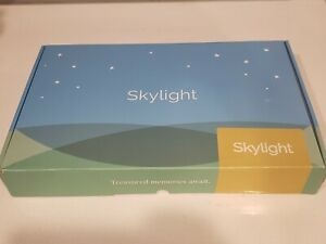 New Skylight 10 Inch Wi-Fi Digital Picture Frame With Touch Screen Display