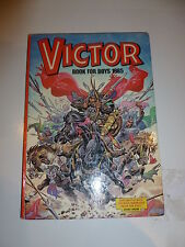 THE VICTOR BOOK for BOYS - Annual - Year 1985 - UK Annual ( Price Tab Removed)