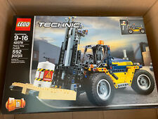 LEGO Technic Heavy Duty Forklift (42079) New In Box Factory Sealed Retired