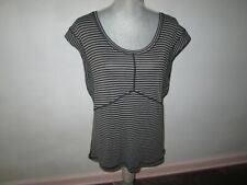 New LULULEMON Gray Striped Cap-Sleeve Tee Shirt w/ Top Seam Detailing Size 6