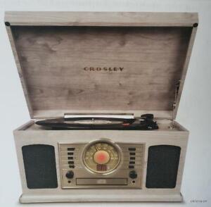 -= Crosley Turntable McQueen CR7011A Bluetooth 3 Speed AM/FM Radio Cassette