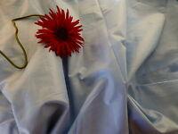 coton  grand tissu ,genre satinette bleue ;6m,30x2,60 jamais utilisé