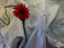coton  grand tissu ,genre satinette bleue ;6m,30x2,80 jamais utilisé