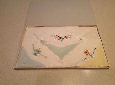 Vintage Ladies Handkerchiefs Hankies Embroidered Bnib Old Stock Flowers Floral