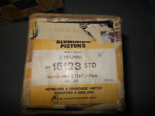 NOS Triumph 2 Pistons STD Wrist Pin Rings Clips 61-0011  # 15123 MADE UK