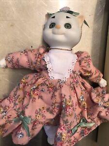 Vintage Dolly Dingle Dolls Cat by Bette Ball Limited Ed Goebel Porcelain Kitty