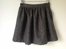 BNWT ZARA SIZE XS GREY FLORAL BROCADE MINI SKIRT PARTY HOLIDAY SMART CASUAL LOOK