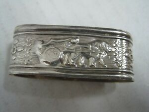 Portugal  SILVER baby Napkin Ring a lion  to pull a cart (17)